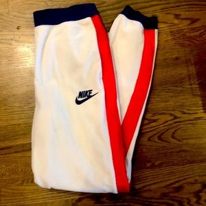 Nike fleece sweatpants - women's M. NEW